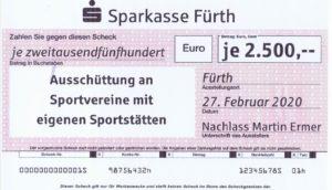 Scheckübergabe von 2.500 € für den SVP